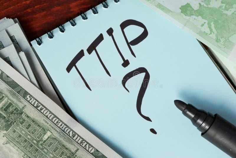 TTIP écrit dans une note image libre de droits