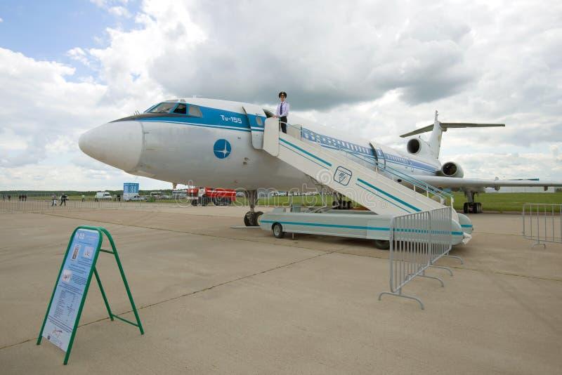 Tu-155 - sovjetiskt experimentellt flygplan en deltagare av airshowen MAKS-2017 royaltyfri fotografi