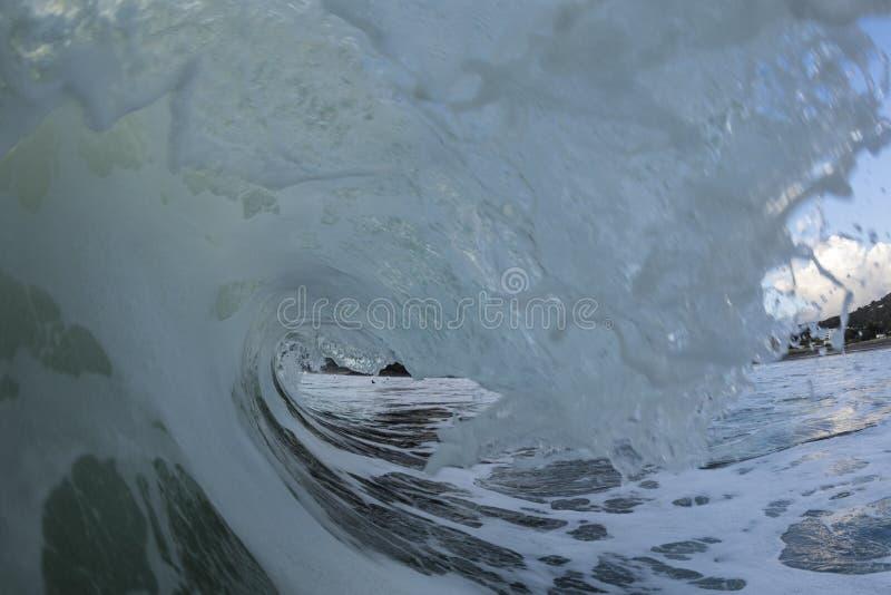 Tubatura di Piha Wave fotografia stock