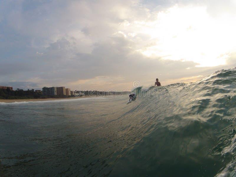 Download Tube de surfer photo stock. Image du surfer, matin, tube - 45372160