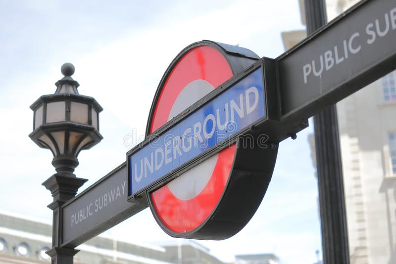 Tube metropolitano Londres fotos de stock