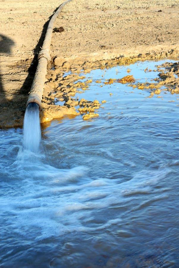 Tubería del agua imagen de archivo libre de regalías