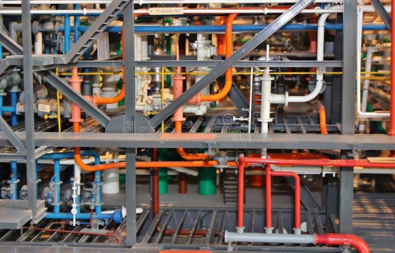 Tubes colorés en tant qu'élément d'une plate-forme de pétrole marin Modèle à Stavanger, Norvège, l'Europe images stock
