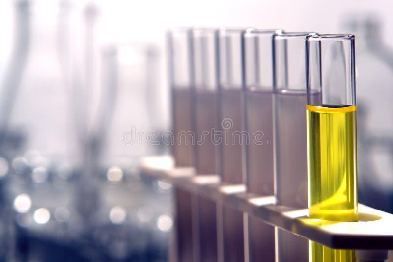Tubes d'essai en laboratoire dans le laboratoire de recherches de la Science photos libres de droits