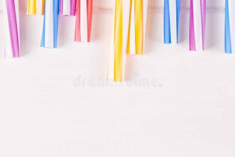 Tubes multicolores de cocktail photographie stock