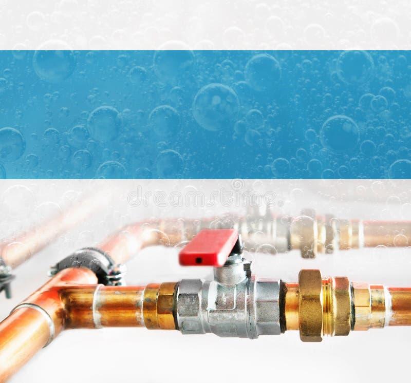 Tubi, connettore e valvole di rame con i connettori immagine stock