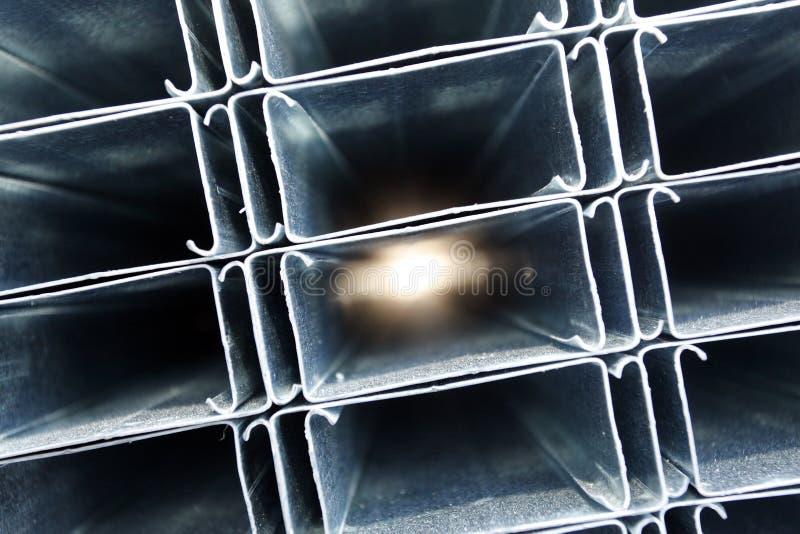 Tubi del metallo fotografie stock