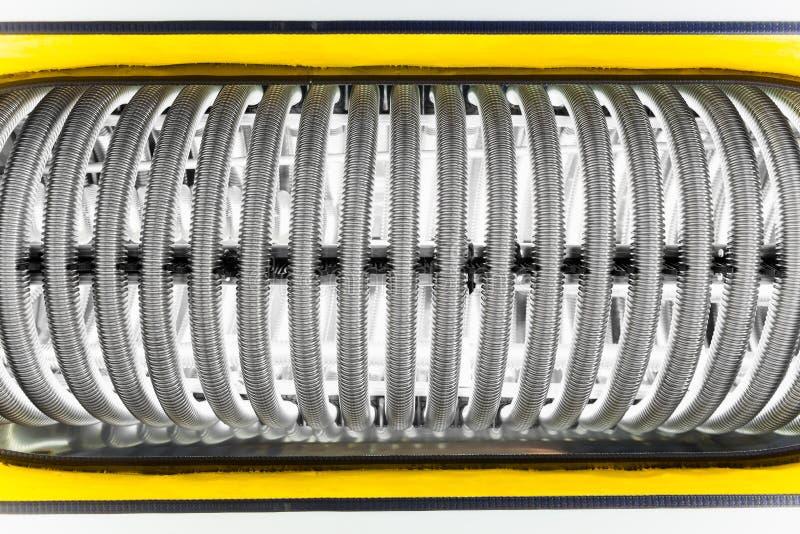 Tubi del metallo della caldaia del riscaldamento dell'acqua immagine stock