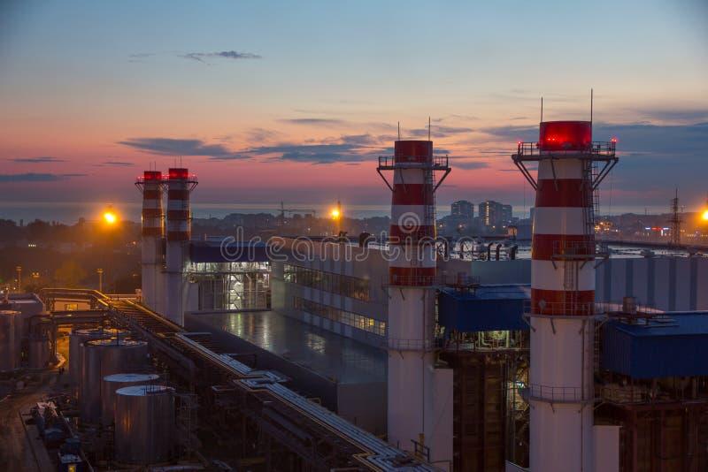 Tubi della centrale elettrica termica fotografia stock libera da diritti