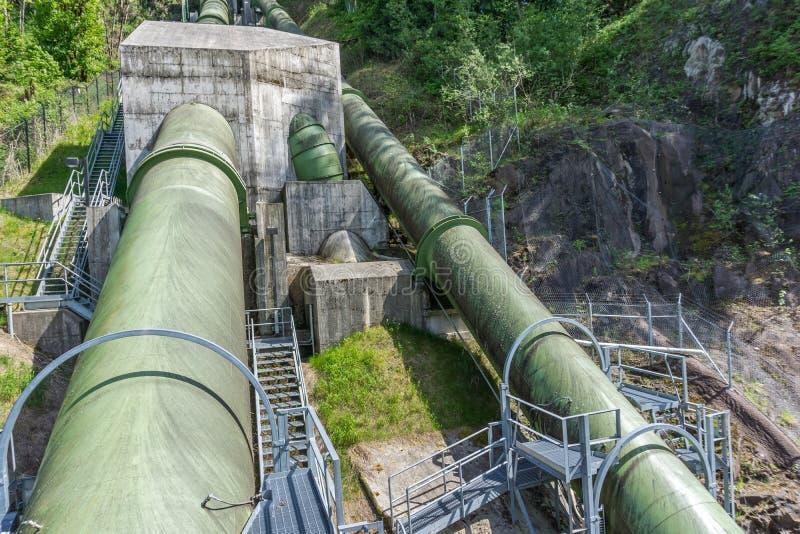 Tubi 6 della centrale elettrica immagine stock libera da diritti