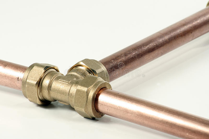 Tubi e montaggio dell'impianto idraulico fotografie stock libere da diritti