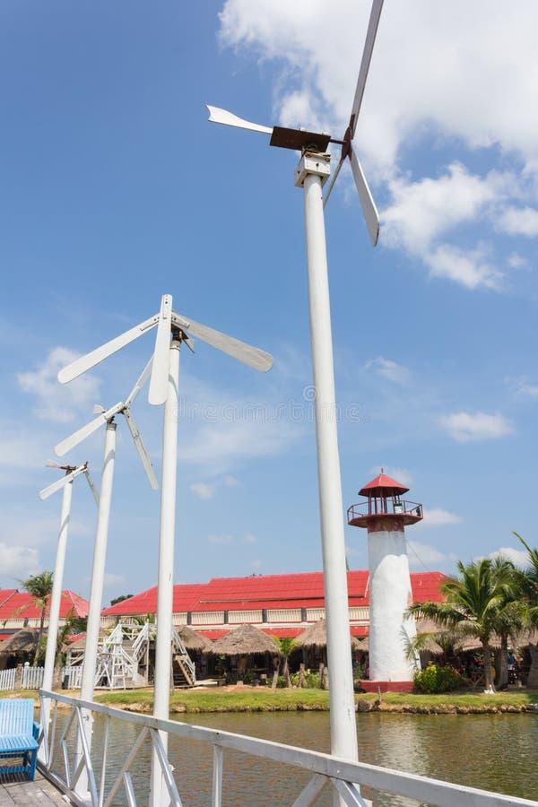 Tubine et paysage de vent images stock