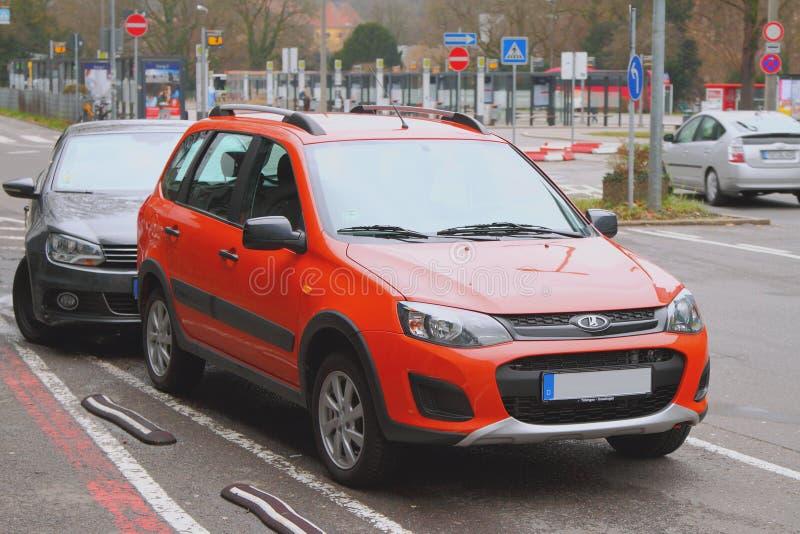 "Tubingen, baden-WÐ ³ rttemberg, Γερμανία - 7 Ιανουαρίου 2018: ""Αυτοκίνητο κτημάτων Lada Kalina διαγώνιο στο εξωτερικό στοκ εικόνες"