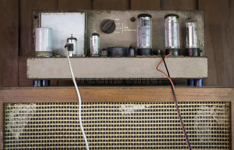 Tubo amperio (amplificador) imagen de archivo