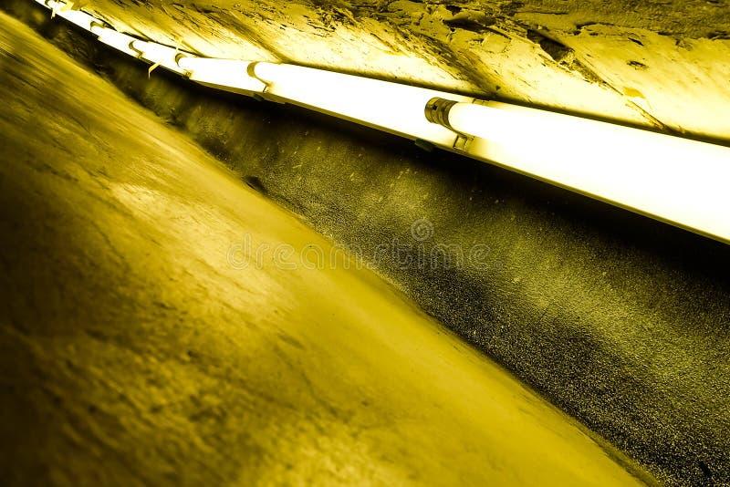 Tubo fluorescente imagem de stock