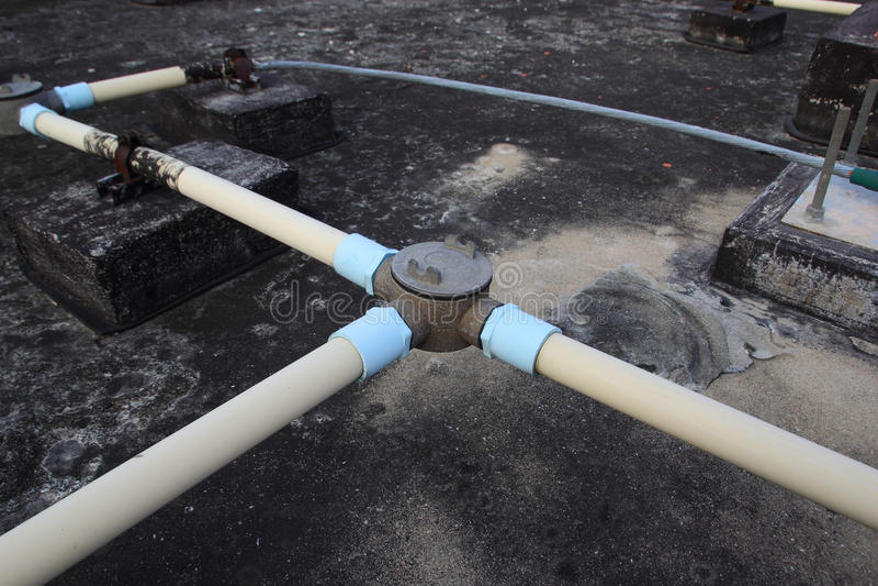 Tubo protettivo per conduttori a terra immagine stock libera da diritti