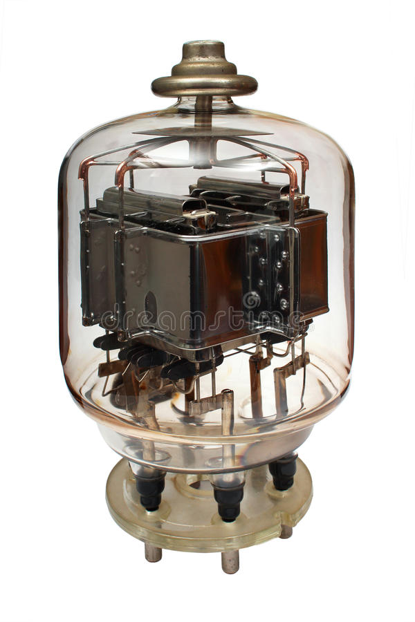 Tubo radiofonico elettronico potente di vecchio vuoto Isolato su priorità bassa bianca fotografie stock libere da diritti