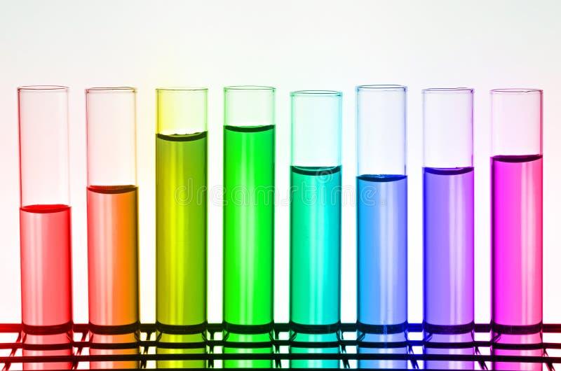 Tubos de análise laboratorial da ciência imagens de stock