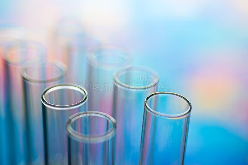 Tubos de análise laboratorial da ciência, equipamento de laboratório fotografia de stock