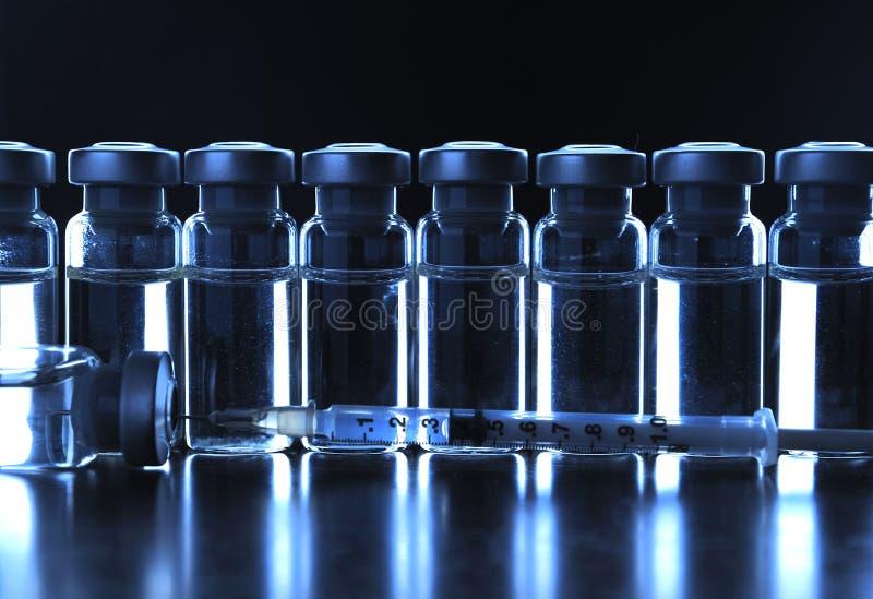Tubos de ensaio das medicamentações. foto de stock royalty free