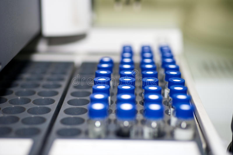 Download Tubos De La Prueba De Laboratorio Imagen de archivo - Imagen de conjunto, biotecnología: 41914627