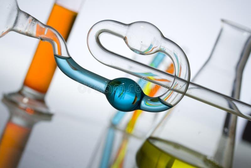 Tubos de prueba de la ciencia y de la investigación médica fotos de archivo libres de regalías