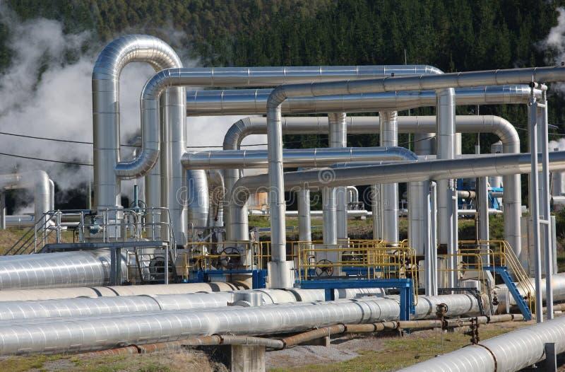 Tubos de vapor, energía geotérmica foto de archivo libre de regalías