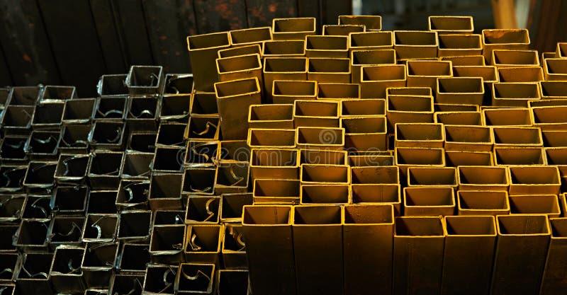 Tubos quadrados de aço do perfil fotos de stock royalty free