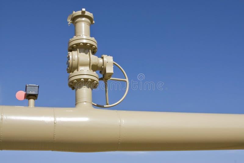 Tubulação e válvula fotografia de stock