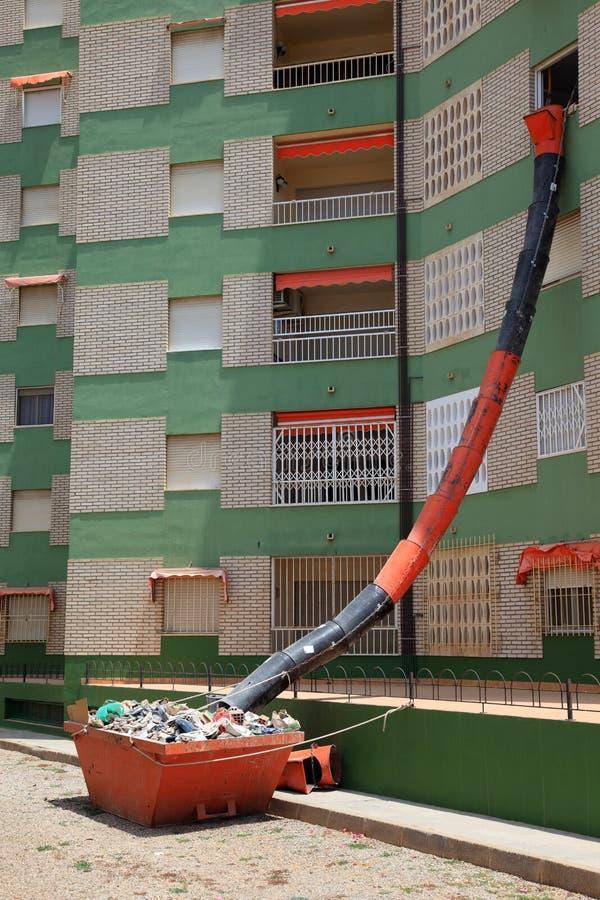 Tubulação Waste em um prédio de apartamentos imagens de stock royalty free