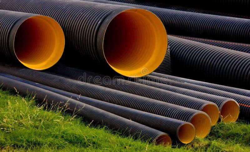 Tubulações de água da construção foto de stock