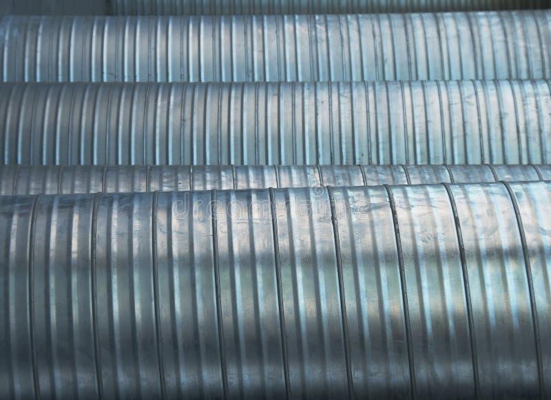 Tubulações de alumínio do respiradouro imagens de stock royalty free