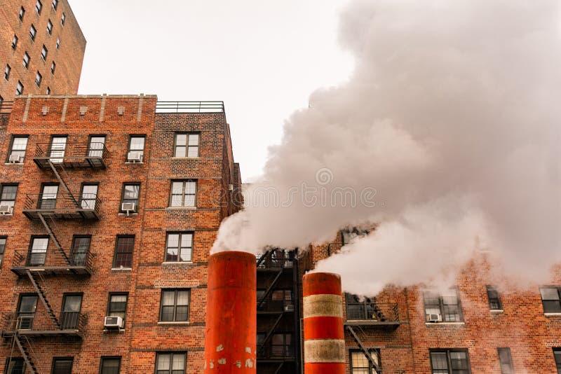 Tubulações de vapor em New York City fotografia de stock royalty free