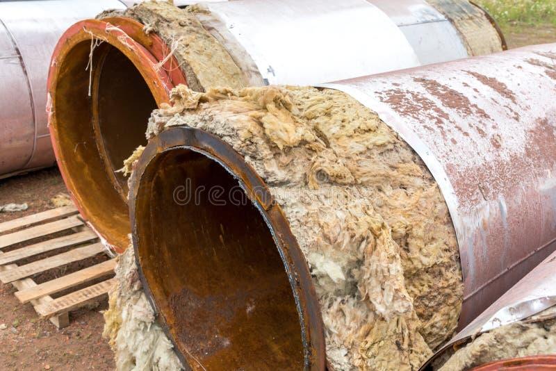 Tubulações destruídas velhas fotografia de stock royalty free