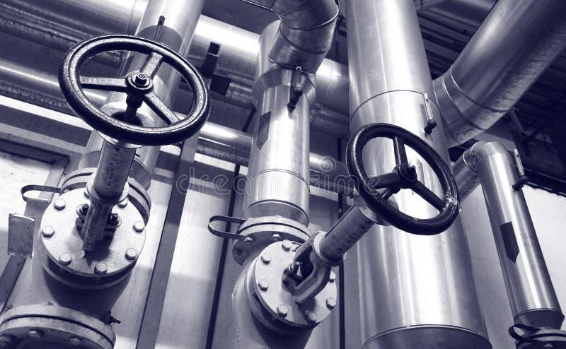 Tubulações do gás e de petróleo da indústria imagens de stock royalty free