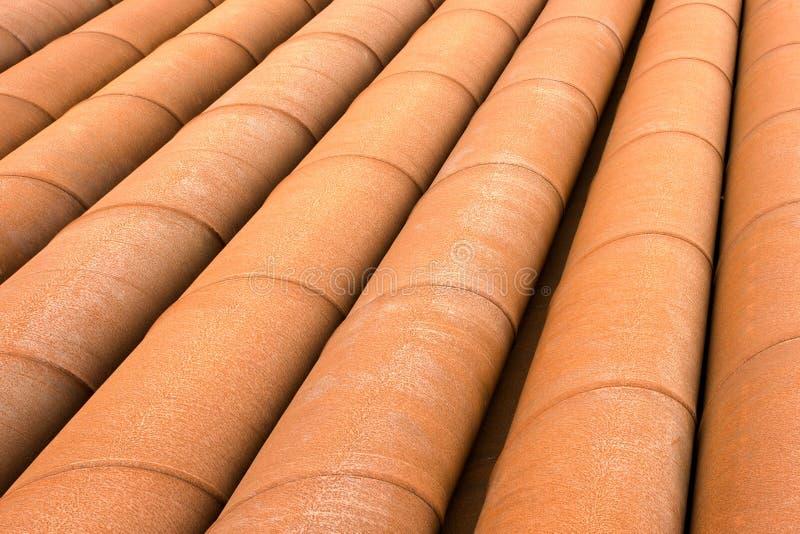 Download Tubulações oxidadas foto de stock. Imagem de junto, oxidado - 26515528
