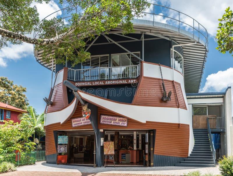 Tubylczy sztuka sklep i galerii Kuranda w centrum wioska, kopowie Australia zdjęcie royalty free