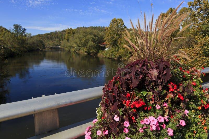 Tuckasegee-Fluss lizenzfreies stockbild