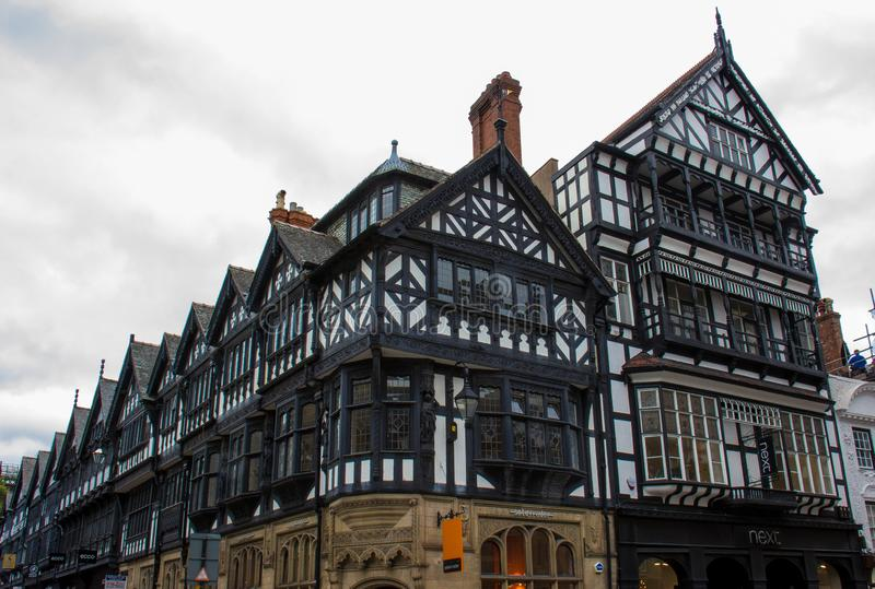 Tudor Buildings à Chester, Angleterre photographie stock libre de droits