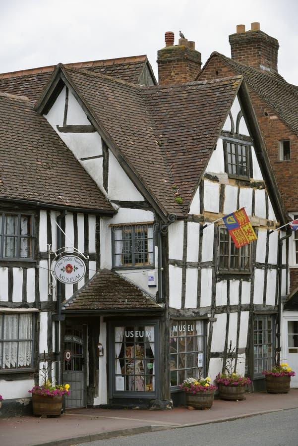 Tudor dom obrazy royalty free