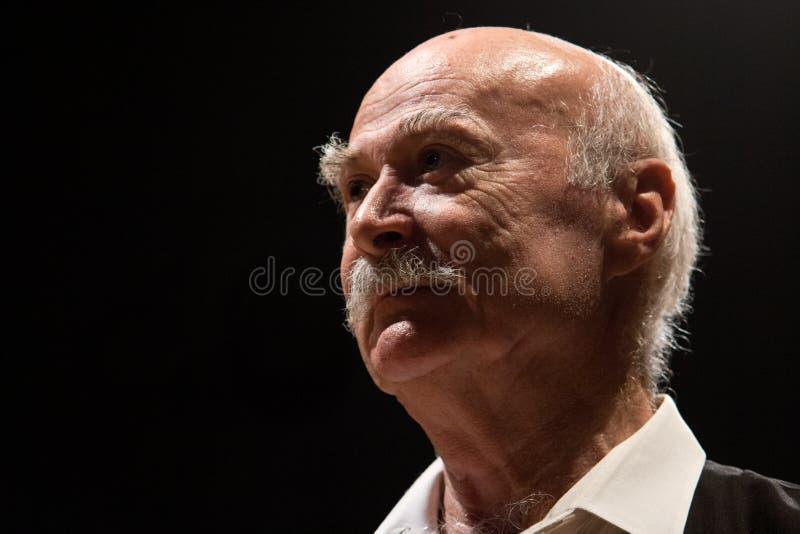 Tudor Gheorghe im Konzert bei Izbiceni, Olt stockbilder