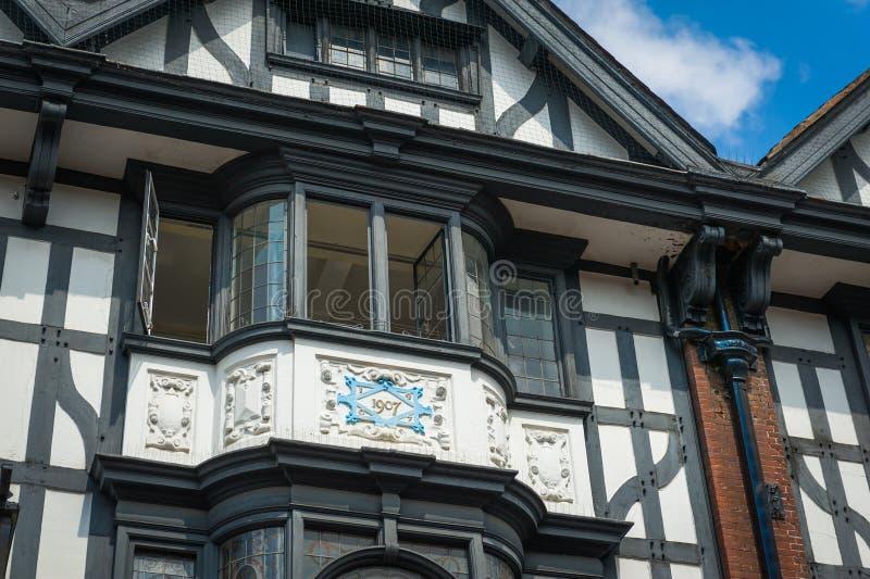 Tudor hus royaltyfri foto