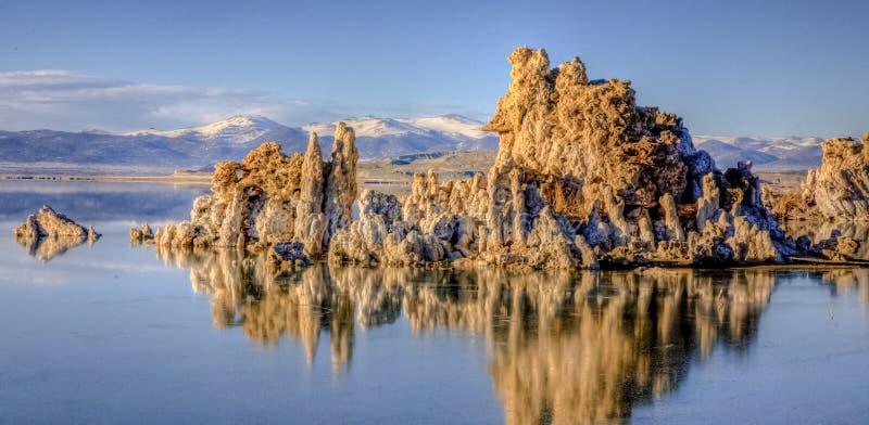 Tufa no Lago Mono, Califórnia foto de stock royalty free