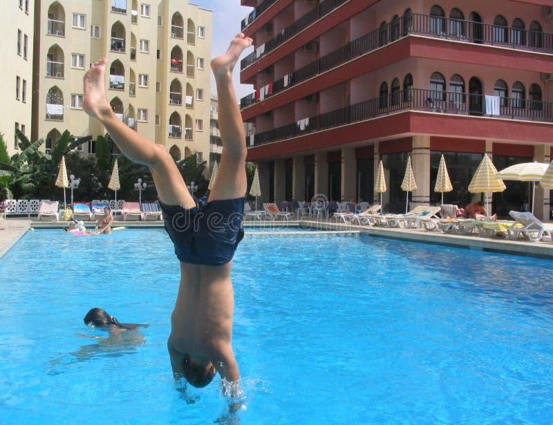 Download Tuffatore fotografia stock. Immagine di swimming, drenaggio - 210036