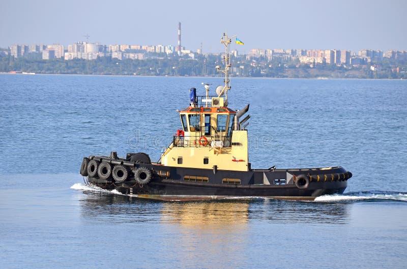 Download Tugboat obraz stock. Obraz złożonej z nautyczny, biznes - 28964001
