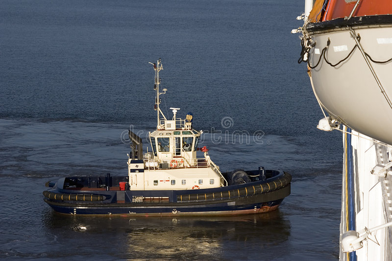 Tugboat on Brisbane River royalty free stock photography