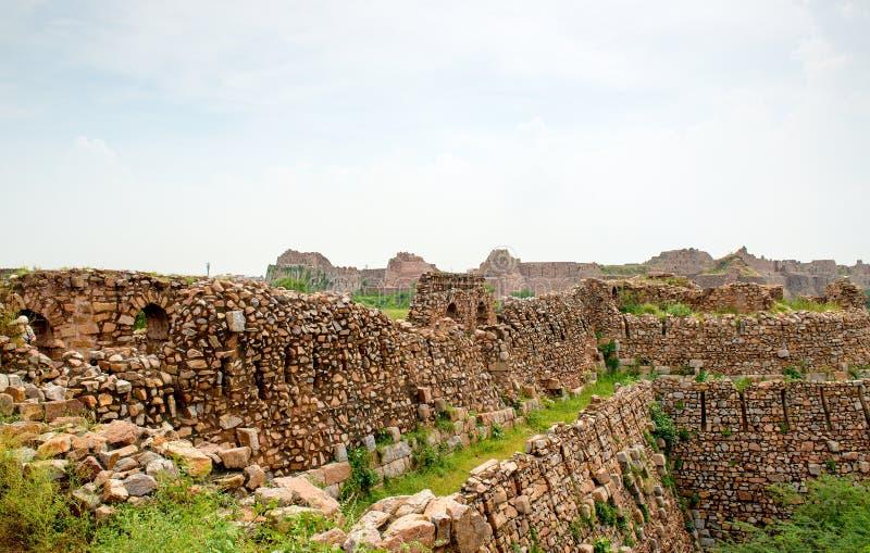 Tughlaqabad堡垒废墟在德里,印度 免版税库存照片