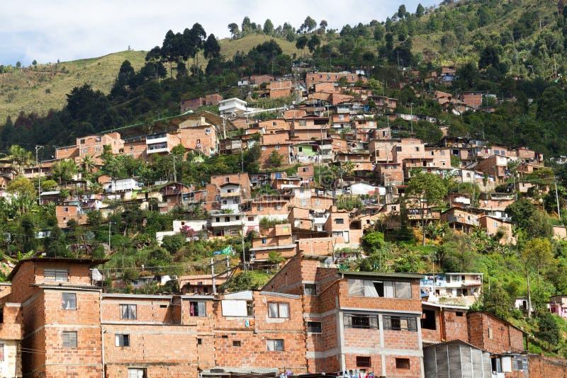 Tugurios Medellin, Colombia fotos de archivo