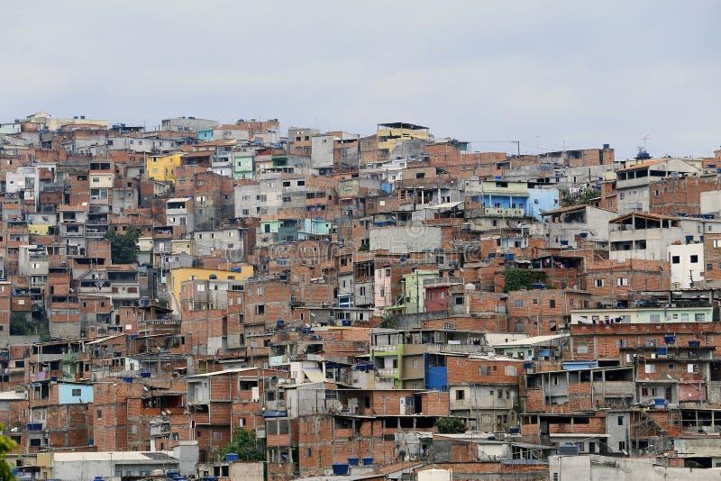 Tugurios, vecindad de Sao Paulo, el Brasil imagen de archivo libre de regalías