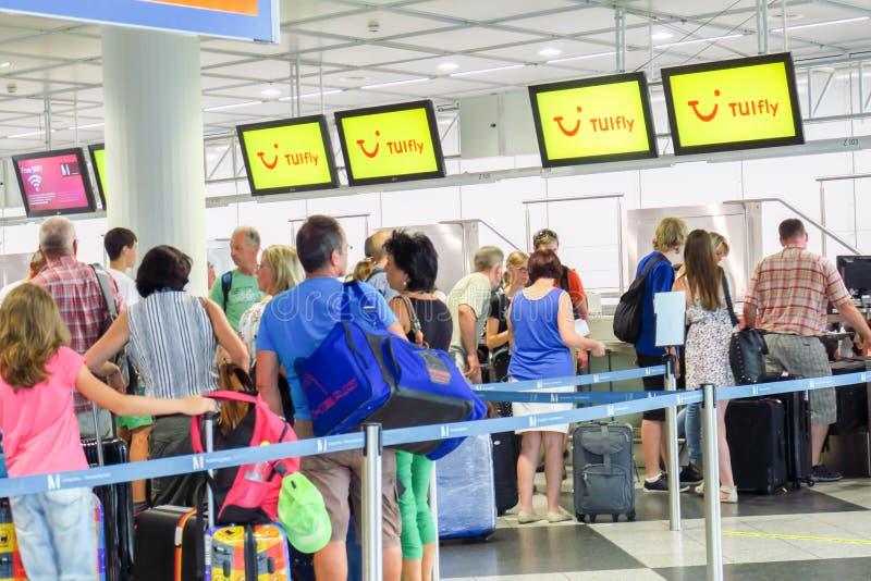 TUIfly pasażery zdjęcia royalty free